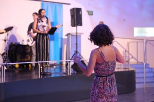 Anna Palmerola performing2