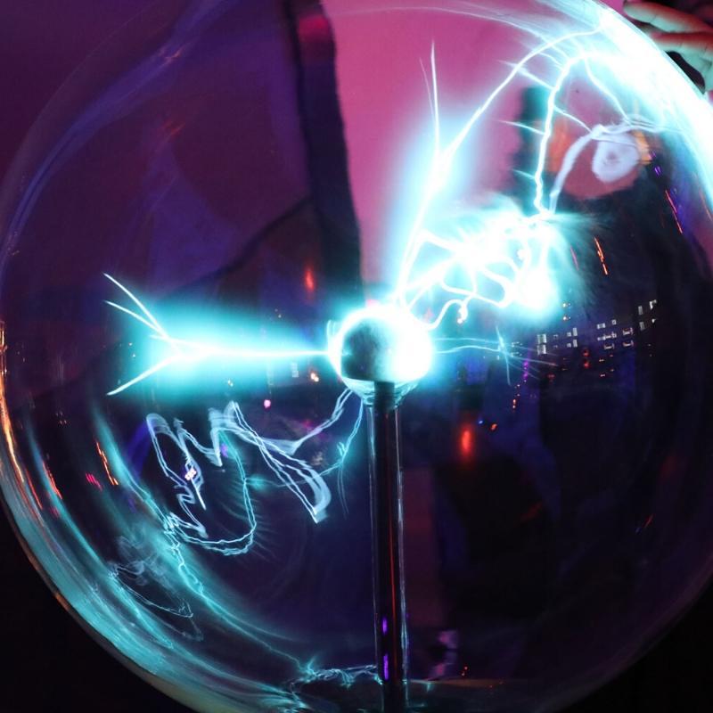 plasma electricity globe