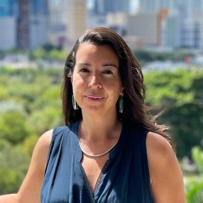 Photo of Sara Raposo, Director of Educational Programs, Frosr Science.